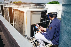 HVAC. LEED, U.S. Green Building Council, Technician, Condensor Unit, Sustainable, Steam Cleaning, Indoor Air Quality